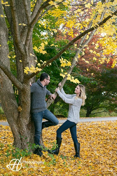 golden-leafs-engagement.jpg