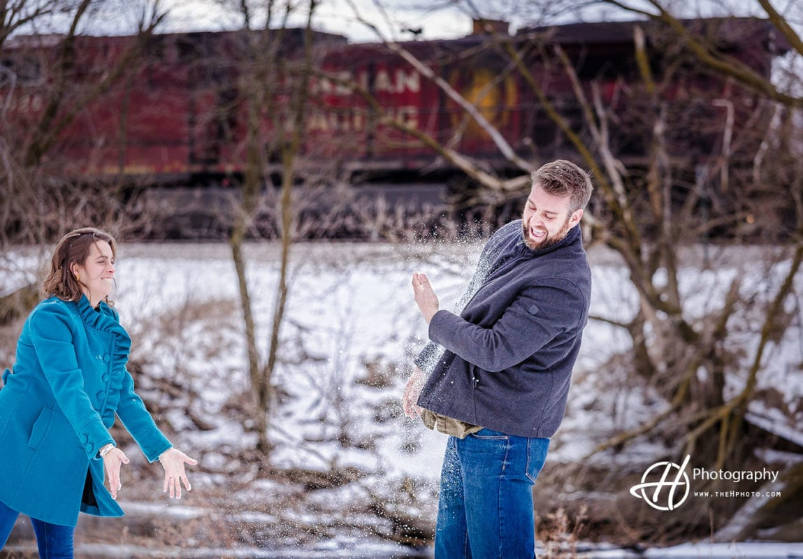 snow-fight-engagement
