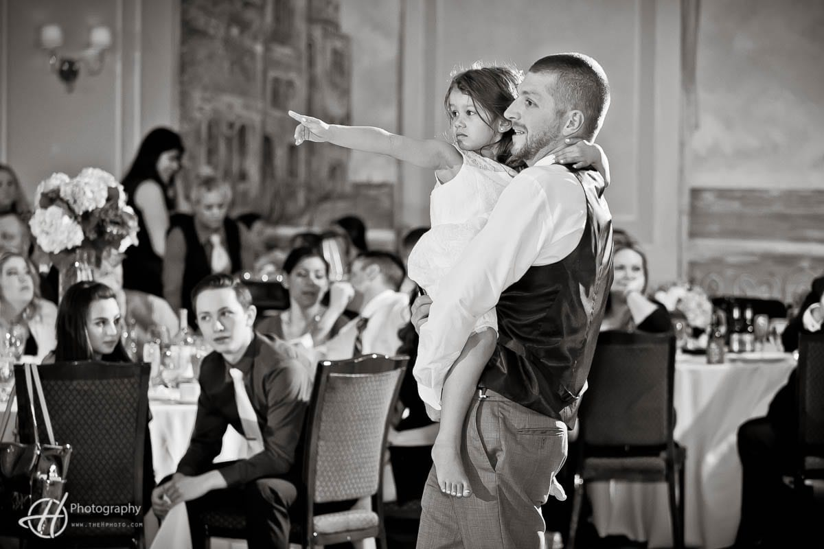 groom with daughter dance