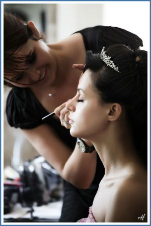 make up the bride