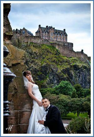 bride-in-Edinbourgh.jpg